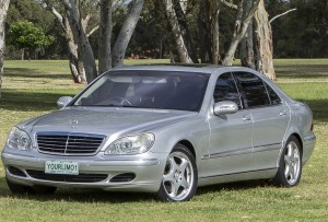 Limo hire Perth - Chauffeured car service